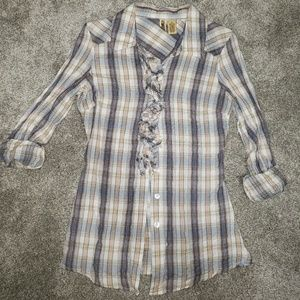 BKE plaid top with ruffle